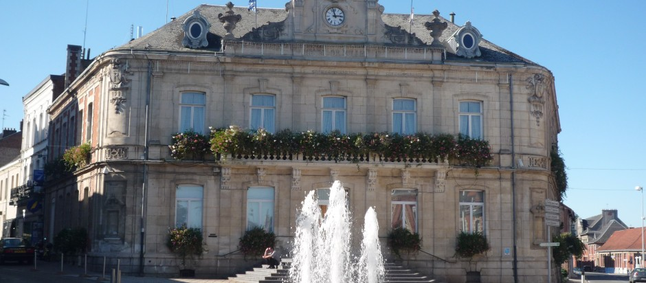 Caudry_-_Mairie_(A)